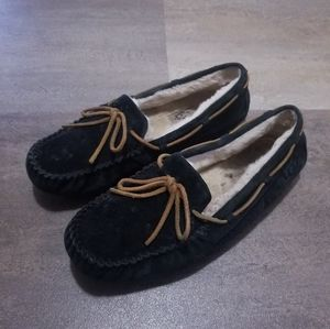 UGG Dakota Slippers Size 10